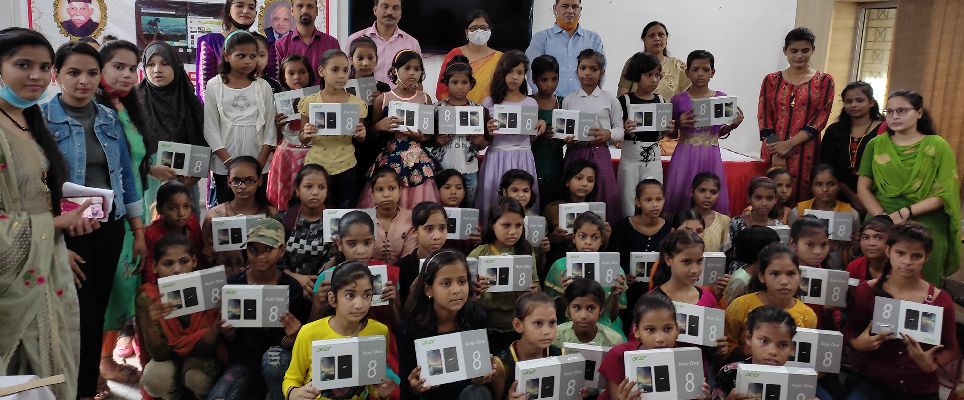 Tablet Distribution to Class VI Students for Online Digital Learning